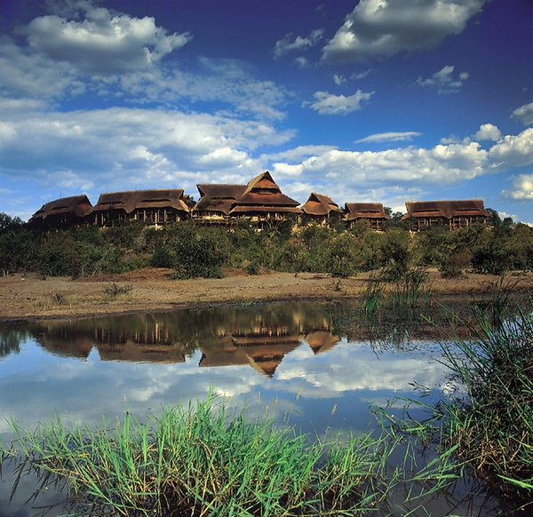 Victoria Falls Safari Lodge Package