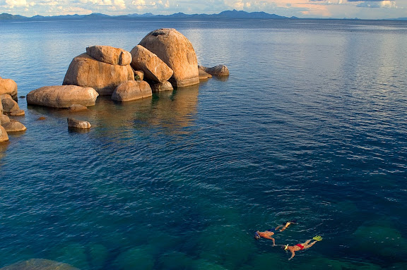 7 Day Lake Malawi Island Hopping by Kayak