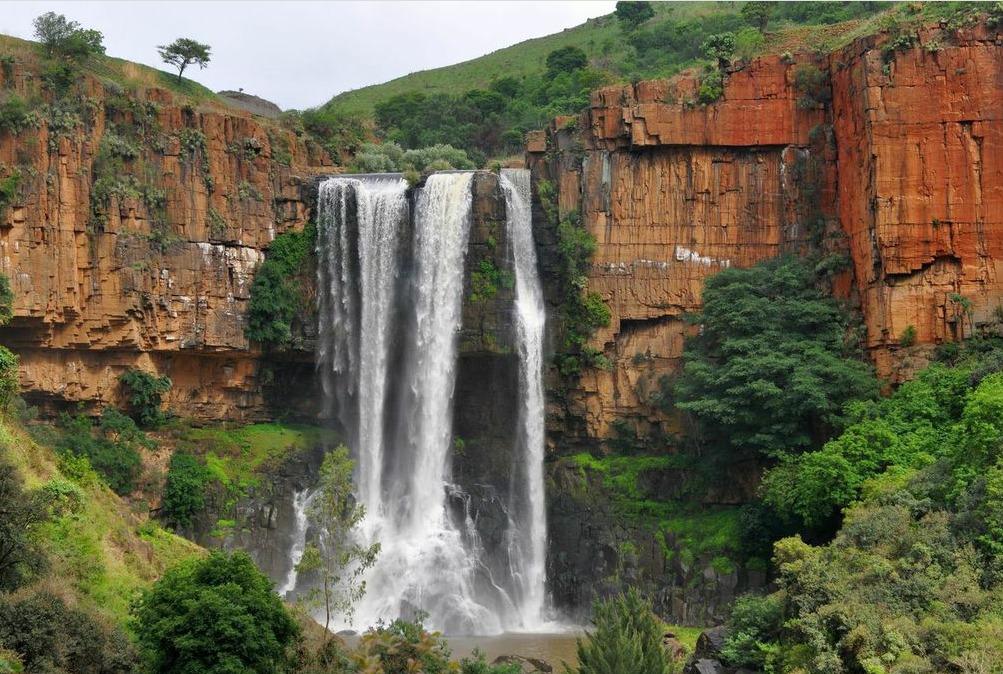3 Days Drakensberg & Sani Pass