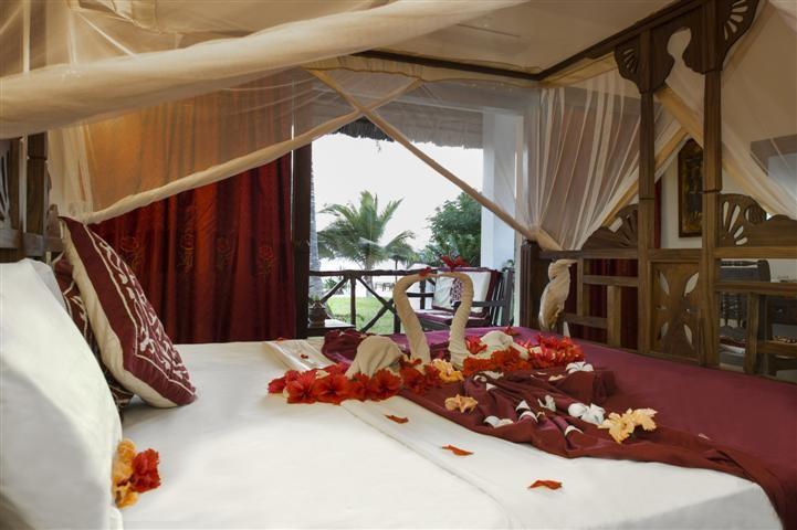 Uroa Bay Beach Resort Zanzibar Holiday