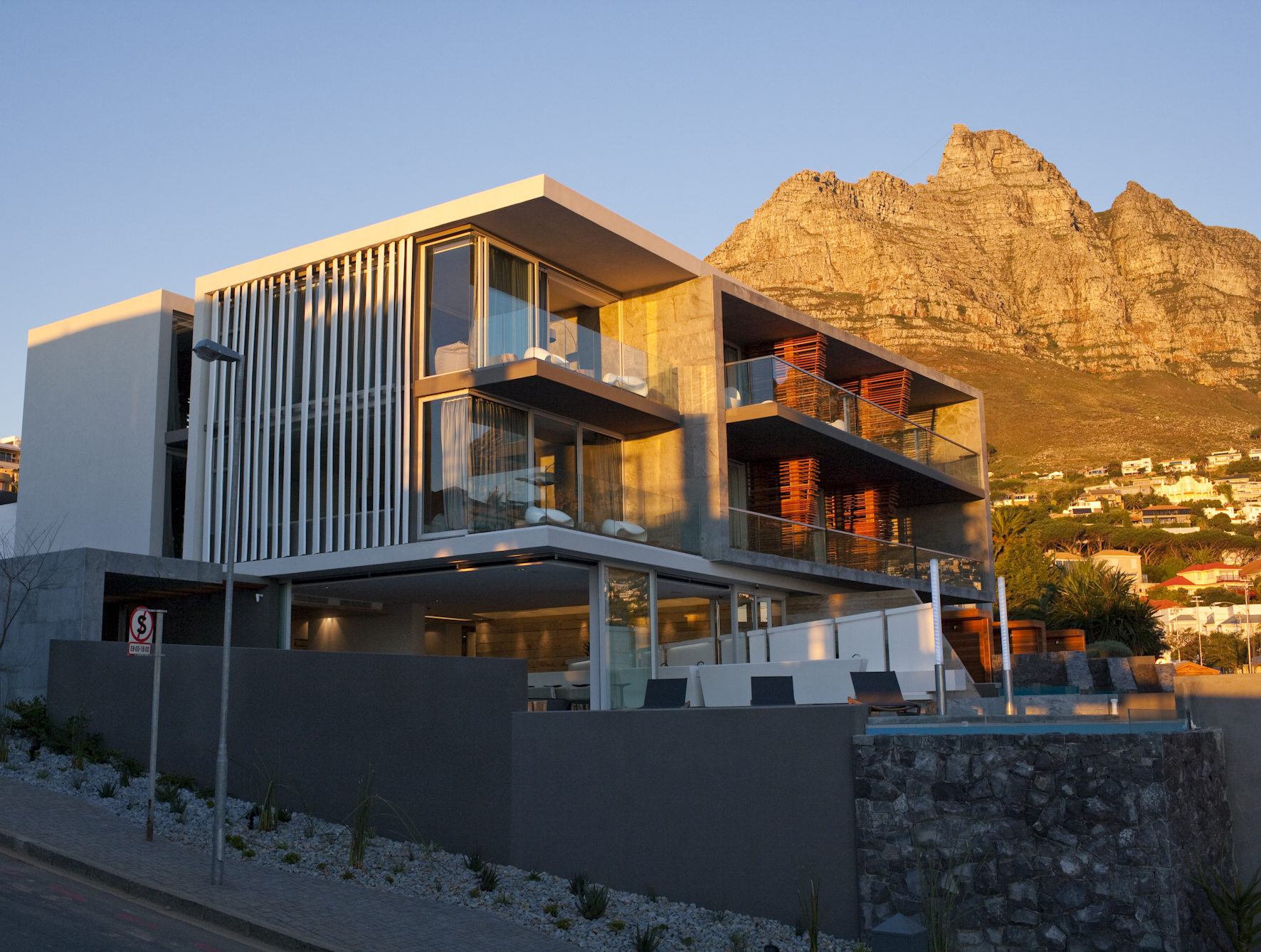 5 Day Luxury Camps Bay Holiday